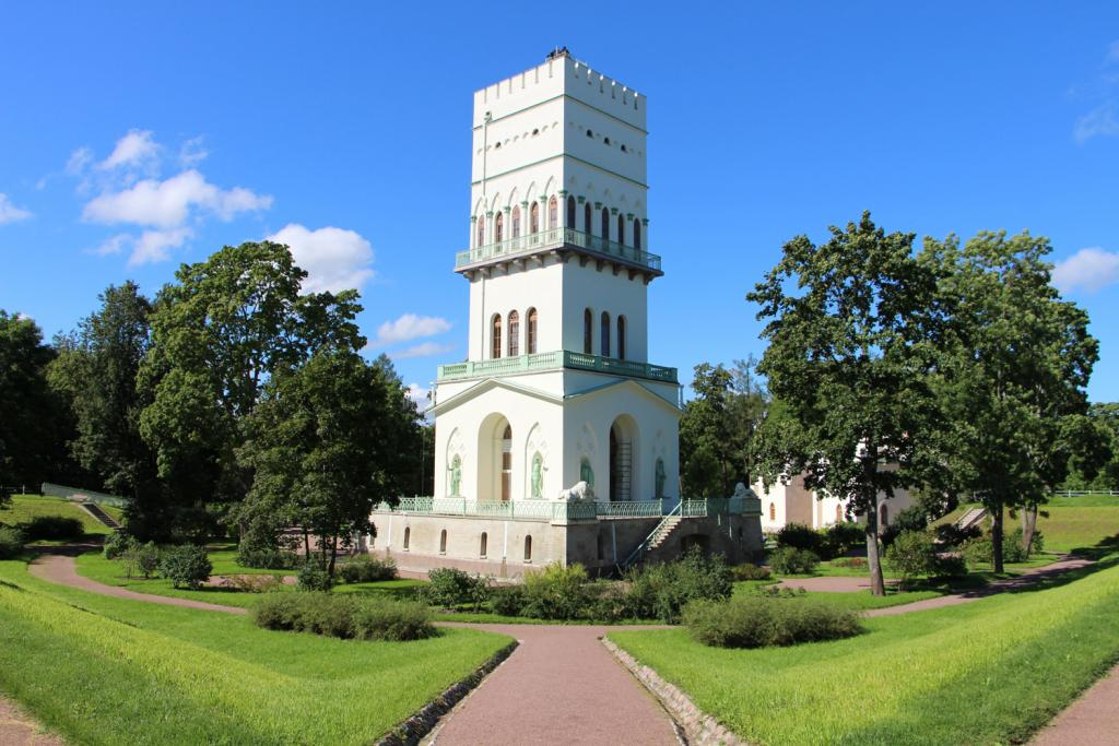 White Tower in Alexander Park