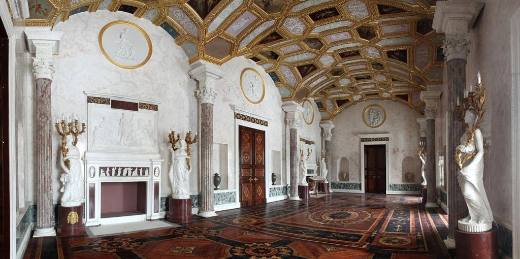 Large Hall of Agate Rooms in Cold Bath, Catherine Park